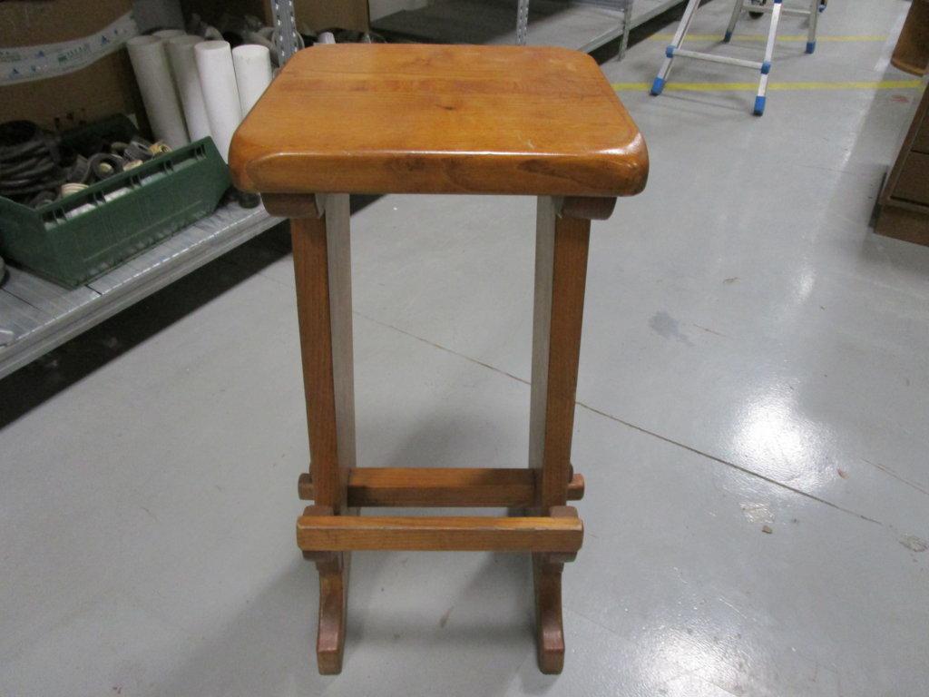 Sgabelli in legno prezzo riferito alla coppia ingrostock